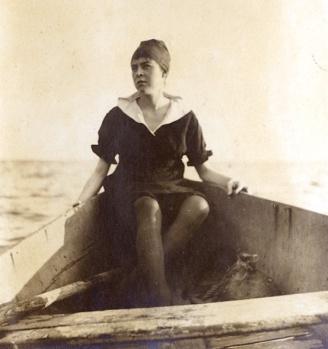 Lenore Hardy Billups