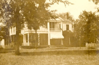 Oakland house, home of T W and Bess Hardy