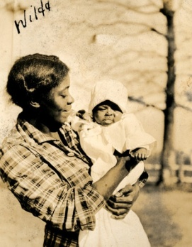 Wilda with infant, TC Billups plantation